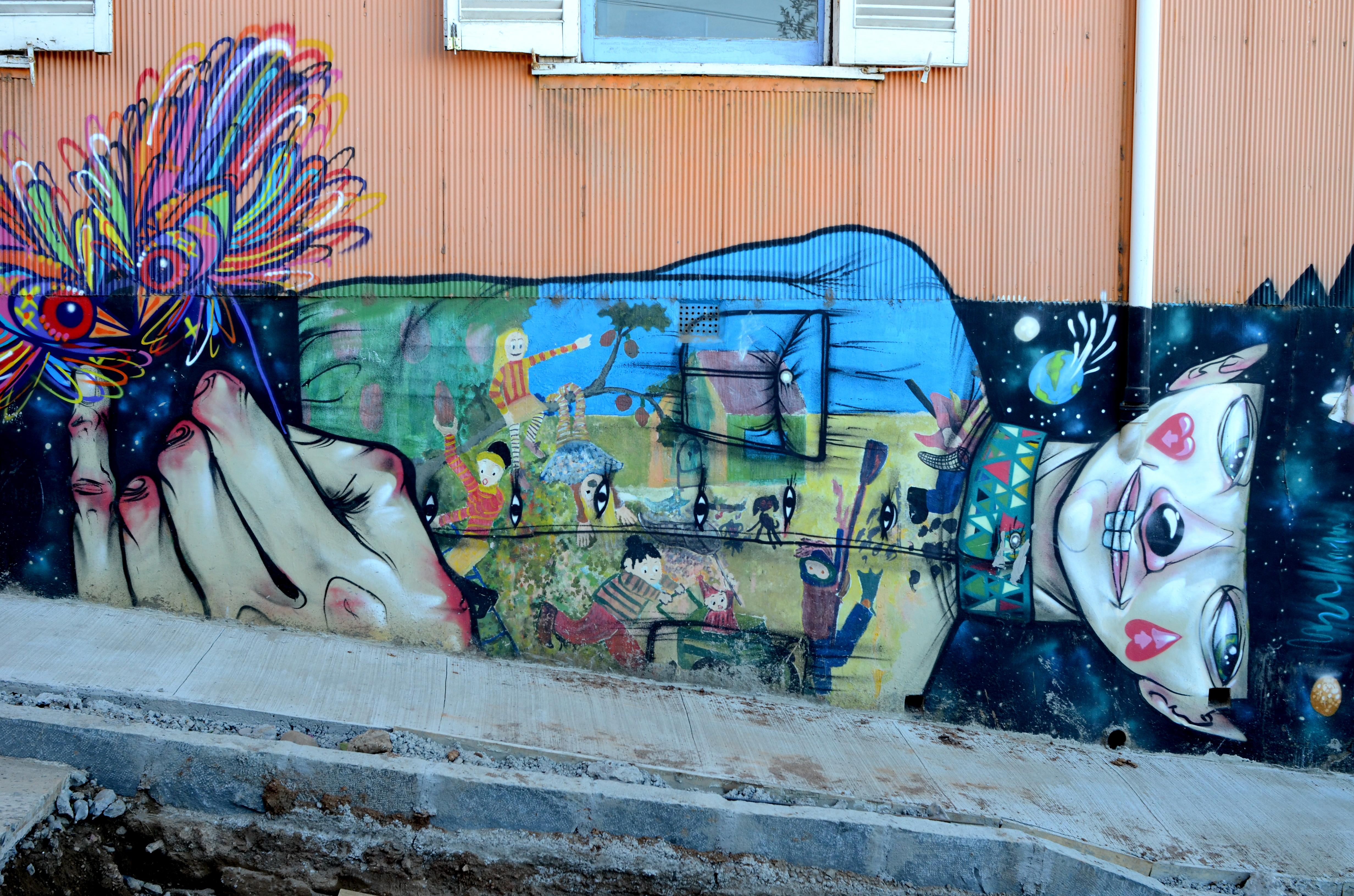 Graffiti post: the colours of Valparaiso, Chile